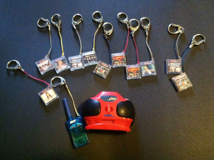 1990s Music Toys : Before ipod was tiger hit clips boom box radio small