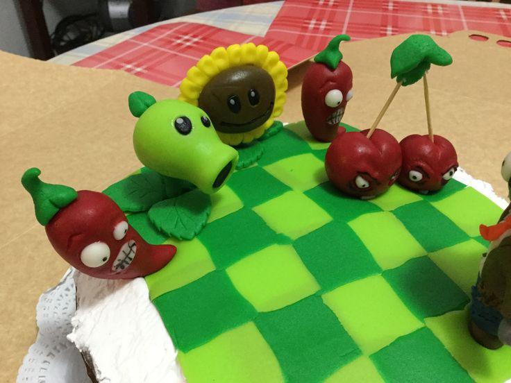 Torta plantas vos zombies 2