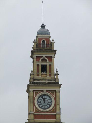 Relógio na Estação da Luz, Sao Paolo, Brazil