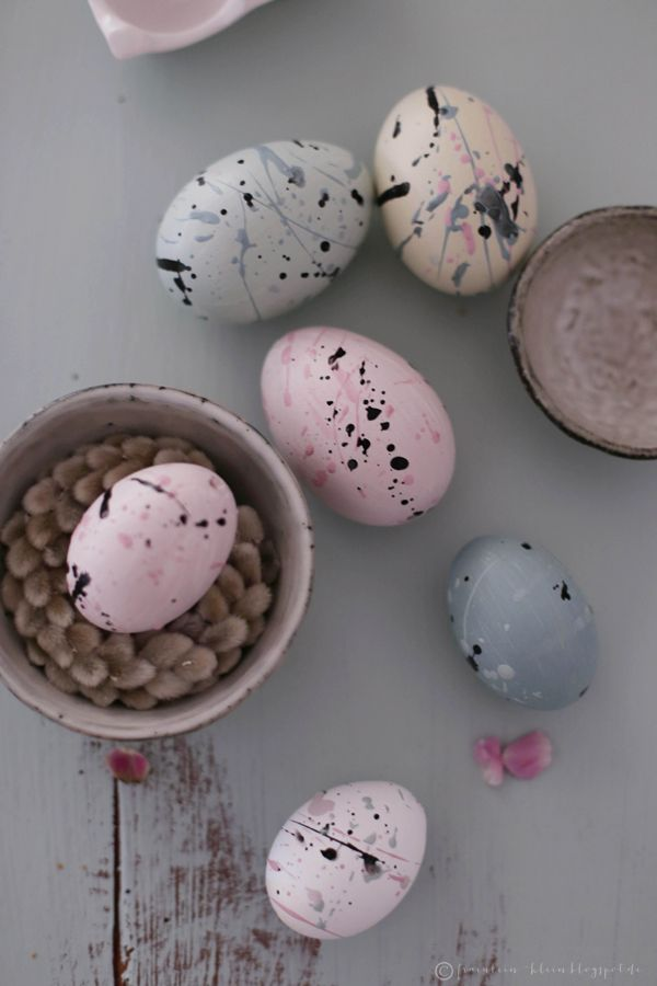 Easter decoration in pastel
