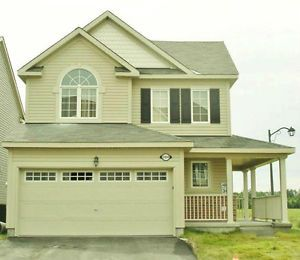 Stunning Single For Rent & Sale In Barrhaven,Email@ deercrafthouse@yahoo.ca or 613-491-2458 for details & for viewing. Thanks
