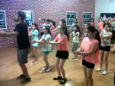 #2 Iván Ferrero Percusion Corporal // Body Percussion - Class (Kids) 30/...