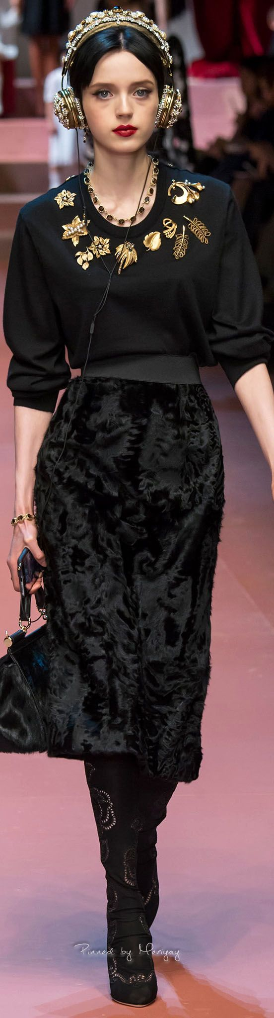 Salma Hayek Reveals Her Stance on Botox and the Skincare Cocktail She Swears By