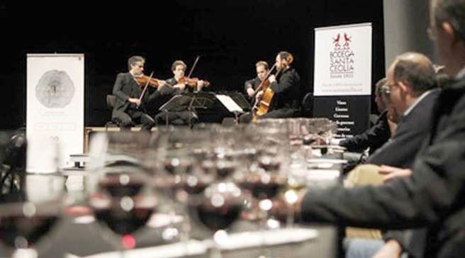 """Teatros del Canal y Bodegas Santa Cecilia, promueve un nuevo encuentro dentro del Programa """"Noches de Vino y Música"""" https://www.vinetur.com/2014040414876/teatros-del-canal-y-bodegas-santa-cecilia-promueve-un-nuevo-encuentro-dentro-del-programa-noches-de-vino-y-musica.html"""