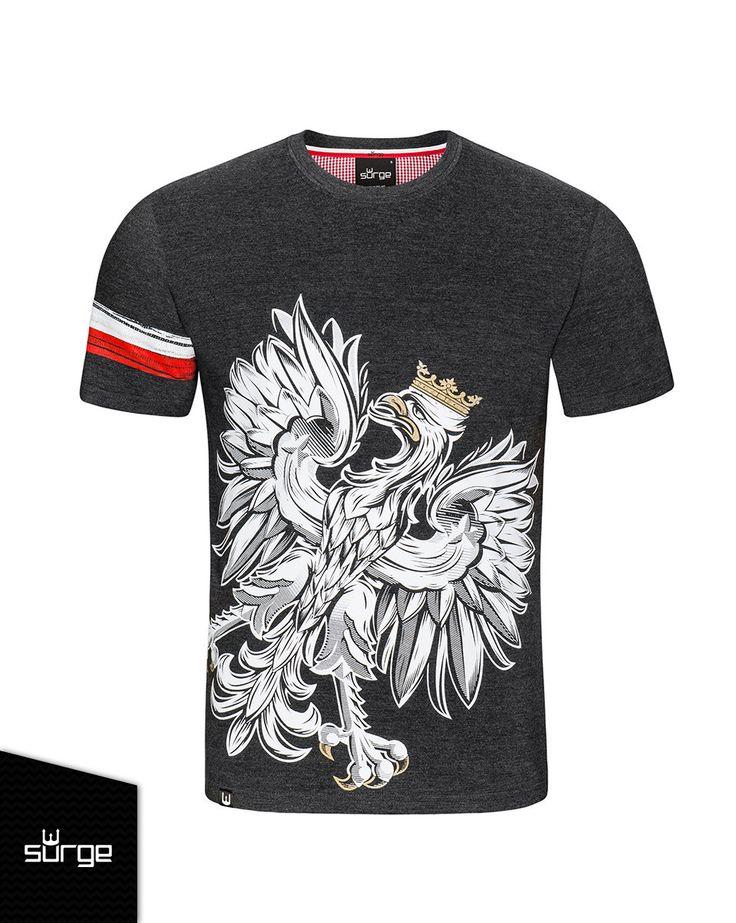 Koszulka patriotyczna z wizerunkiem białego orła w koronie.  Przepnij Pina! Pomóż nam promować ideę nowoczesnego patriotyzmu. Surge Polonia