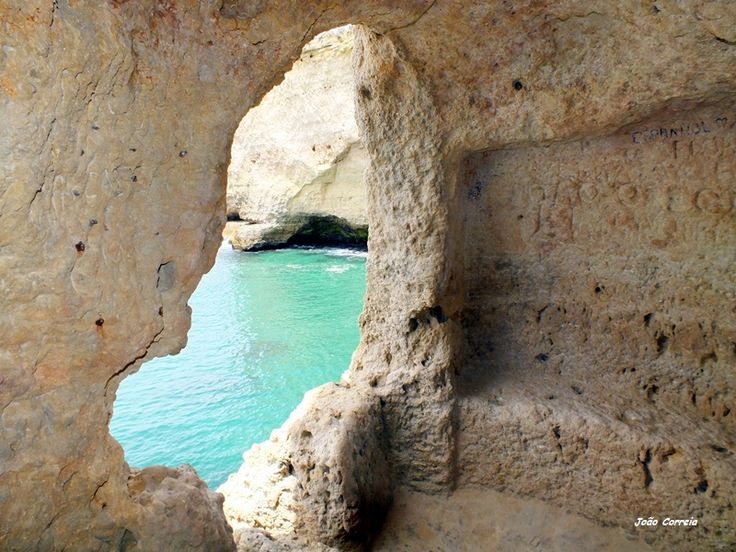 Window to the sea - Carvoeiro, Algarve
