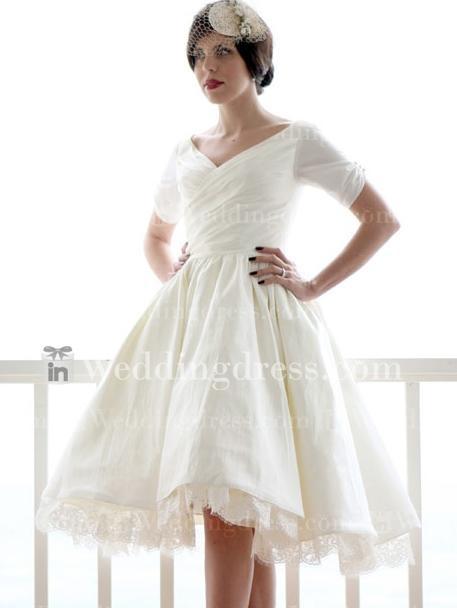 10 best images about short plus size wedding dress on for Plus size hawaiian wedding dresses