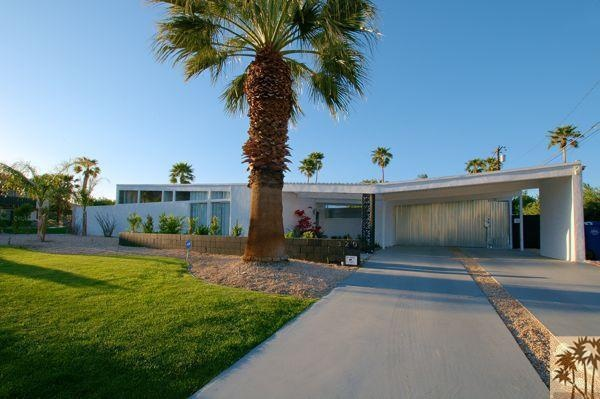 I WANT!!!!  320 E Lindsey Dr,    Palm Springs, CA 92262