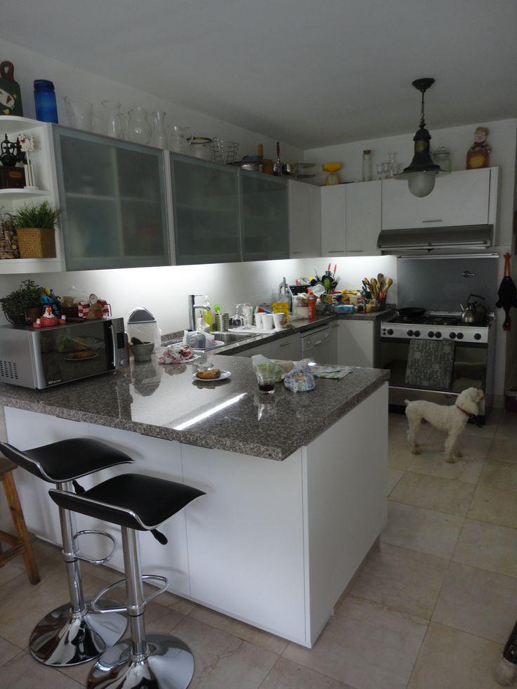 1000 images about mueble de guardado y estantes flotantes para cocina beccar on pinterest - Muebles de cocina de aluminio ...