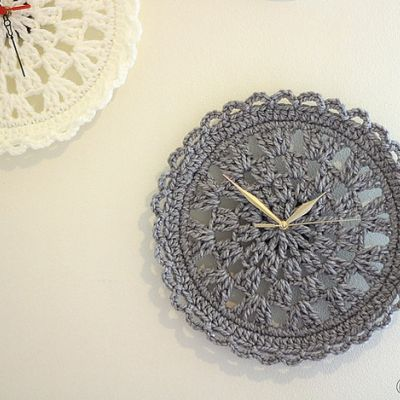 "Foto ""pinnata"" dalla nostra lettrice Francesca Mereu Crocheted Clock Face."