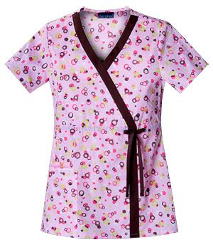 Petite? Small prints like this one won't overwhelm your frame! #scrubs #fashion