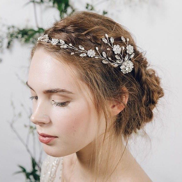 Wedding Inspiration from Debbie Carlisle One of my favourite images of my Cora headpiece - it's such a versatile piece it's difficult to pick my favourite way of styling it! #Repost @lovemydress ・・・ I adore @debbiecarlisle_ - truly, truly one of the loveliest people working in weddings today. I'