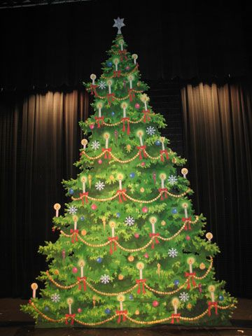 Tall Christmas Tree U0027cut Dropu0027 For The Wassau Dance Theatre