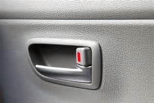 Search Car door lock popped. Views 22215.