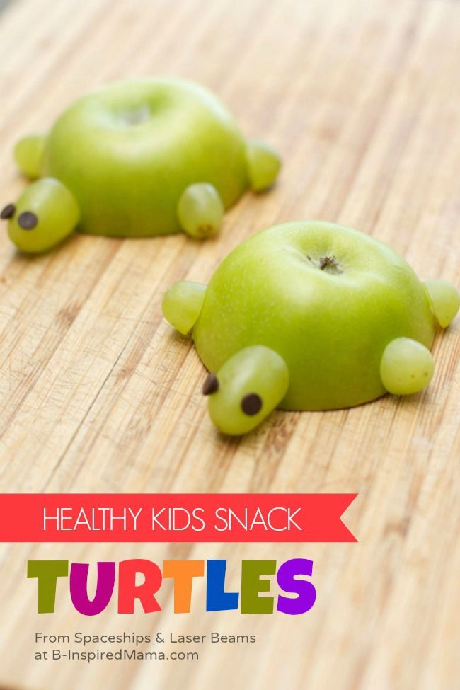 A Healthy Kids in the Kitchen Recipe - Apple Turtles at B-Inspired Mama