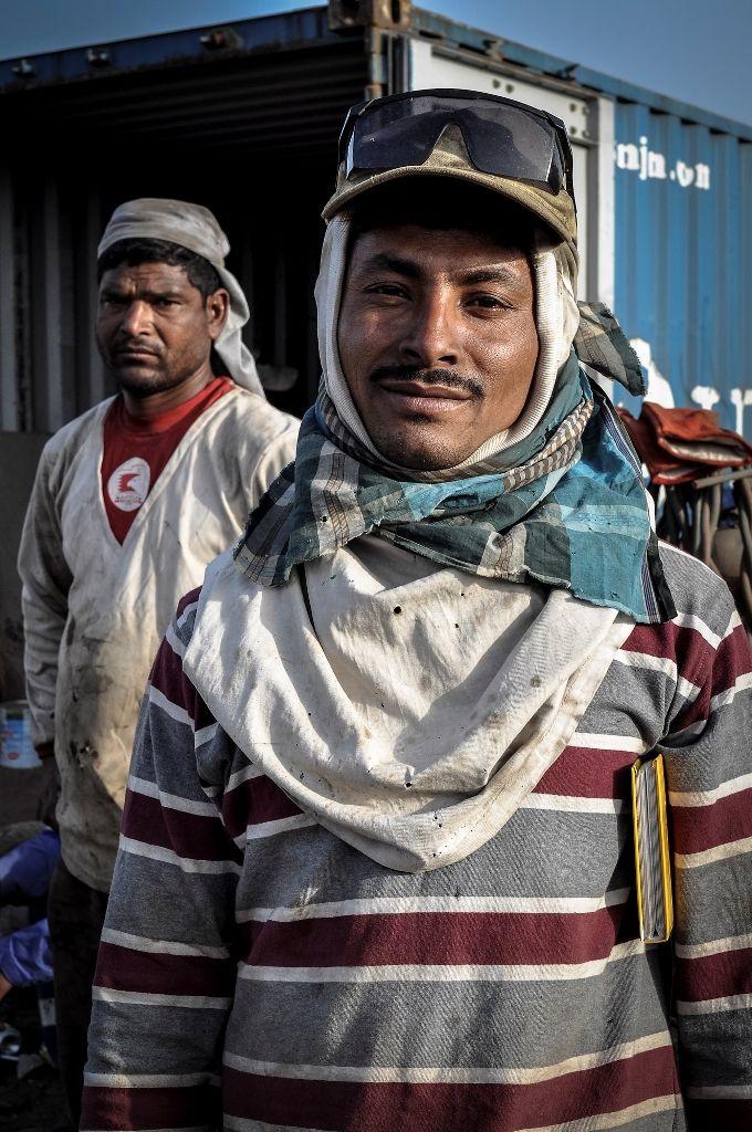 Portrait Bangladeshi migrant worker - Gulf Region - Photo by Stefanistan