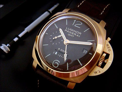 Panerai Luminor GMT 8-Day 18k Rose Gold GMT