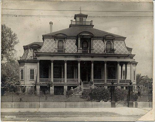 House on the corner of Magazine & Delachaise (undated) ♔Life, likes and style of Creole-Belle ♥