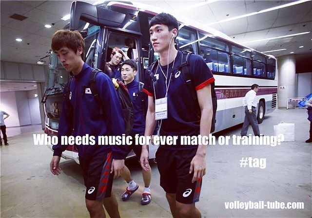 Tag the one that needs music!⠀⠀ www.volleyball-tube.com #volleyball #voleibol #volleyballplayer #volleyballlife #pallavolo #siatkówka #⠀⠀ 배구 #排球 #排球 #волейбол #volleybal #share #tagsforlikes