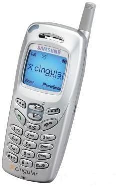 2001 : le#SamsungSGH-N625 est un bon compagnon grâce à ses dispositifs de gestion des renseignements - y compris mémo, agenda et convertisseur de devises !
