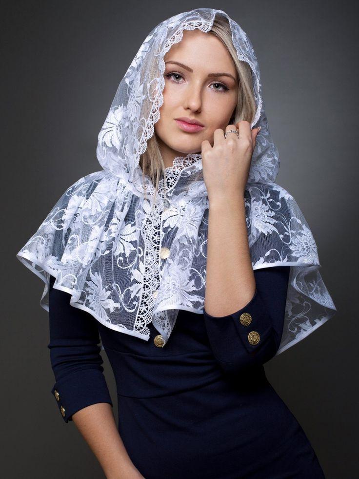 """Нашла эту супер-идею """"Как сшить платок для храма"""" у рукодельницы Маюття. Думаю, может многим пригодится! Далее слова Автора: Чем хороши подобные платки для храма? они не спадают с головы даже пр…"""