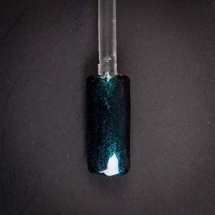 gel per la ricostruzione unghie nero blu