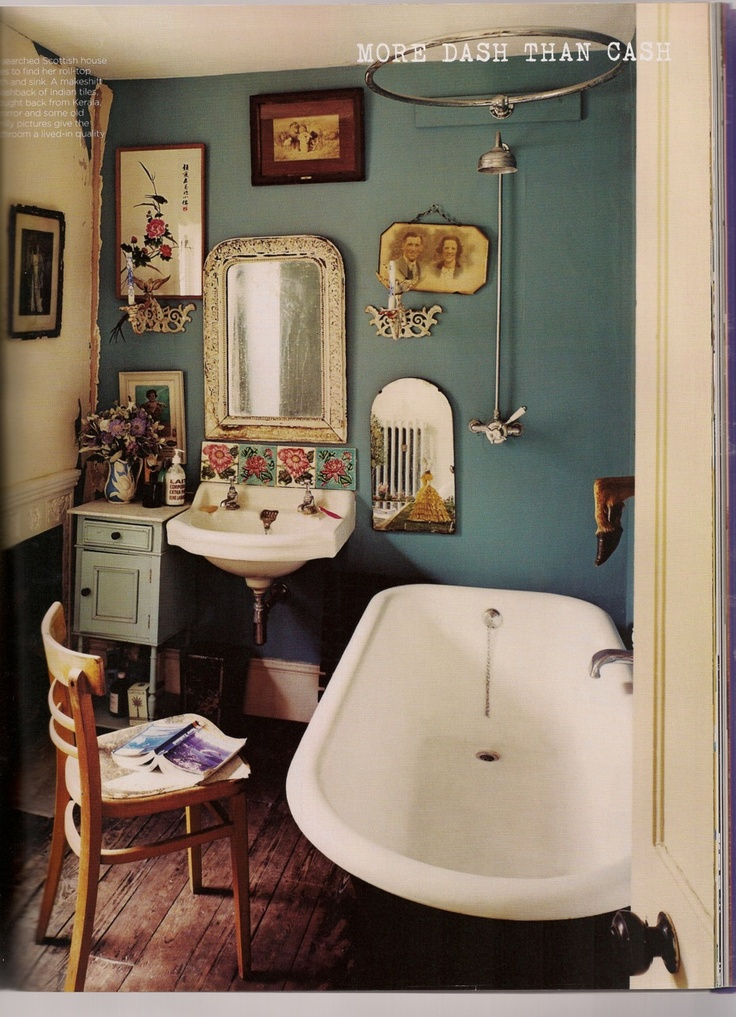 1950's bathroom, so lovely!
