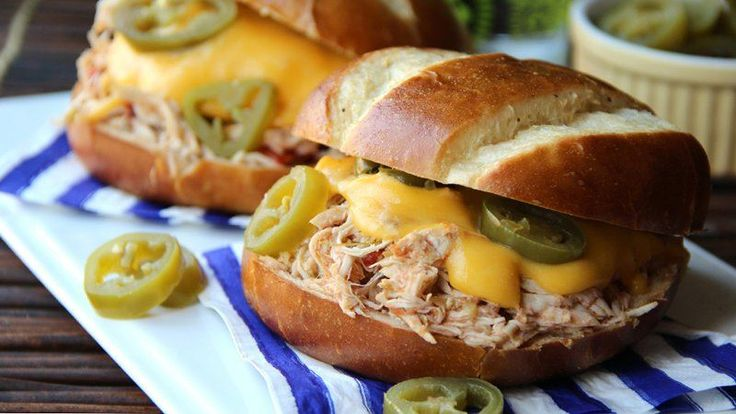 Slow Cooker Jalapeno Popper Chicken Sandwiches