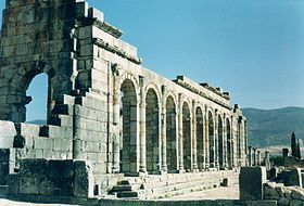 Basilica romana, Volubilis.jpg