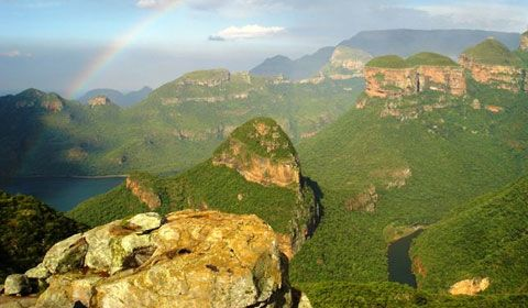 Rainbow over the Blyde River Canyon.