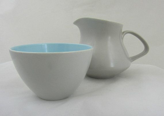 Poole Pottery Twintone Sugar Bowl And Creamer In Sky Blue And Dove Grey Classic Poole Tableware From The 1960s I Sugar Bowls And Creamers Bowl Sugar Bowl Set