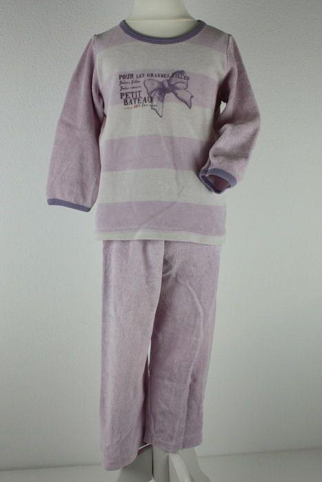 Mein Petit Bateau Schlafanzug Pyjama Lila Nicki Velour Gr94 3 Jahre von Petit Bateau! Größe 98 für 18,40 €. Schau´s dir an: http://www.mamikreisel.de/kleidung-fur-madchen/einteilige-schlafanzuge/34083011-petit-bateau-schlafanzug-pyjama-lila-nicki-velour-gr94-3-jahre.