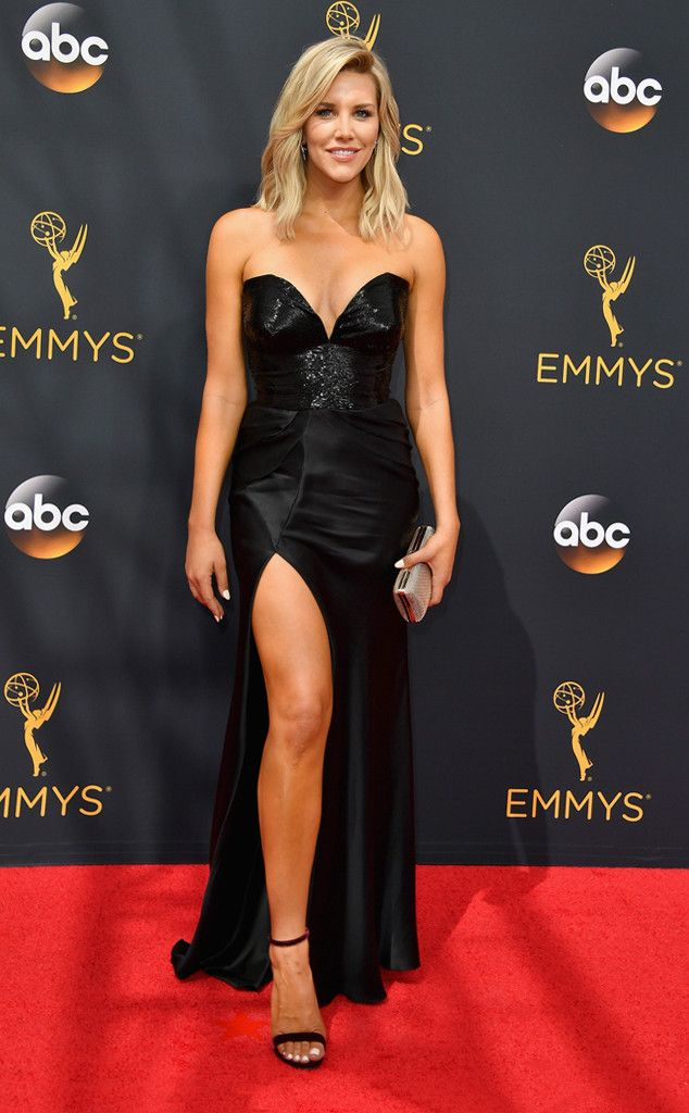 Website design from http://keithhoffart.weebly.com/contact.html Charissa Thompson from 2016 Emmys Red Carpet Arrivals