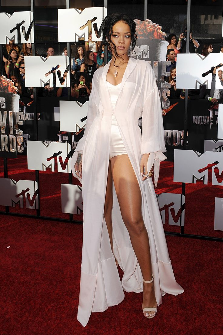 Rihanna in Ulyana Sergeenko Coture attends MTV Movie Awards on April 13