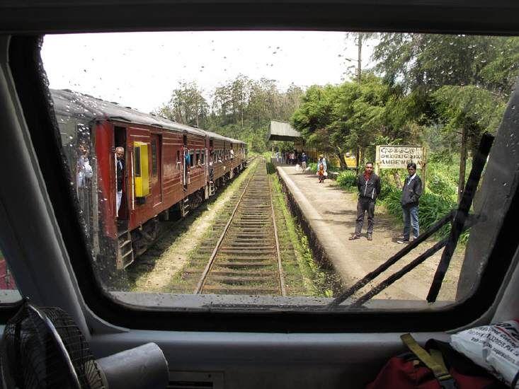 Mit der Eisenbahn unterwegs in Sri Lanka