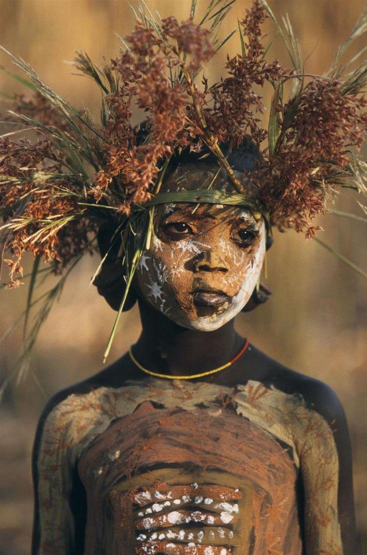 Mursi Child  http://pinterest.com/creativeliving/costume-tribal-high-fashion/