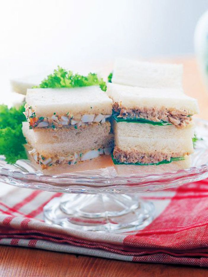ツナや卵のサンドイッチも、タプナードを隠し味にすることで、大人っぽい仕上がりに|『ELLE a table』はおしゃれで簡単なレシピが満載!