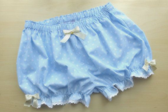 Made to order Baby blue polka dot bloomers by MadameMuffinStore