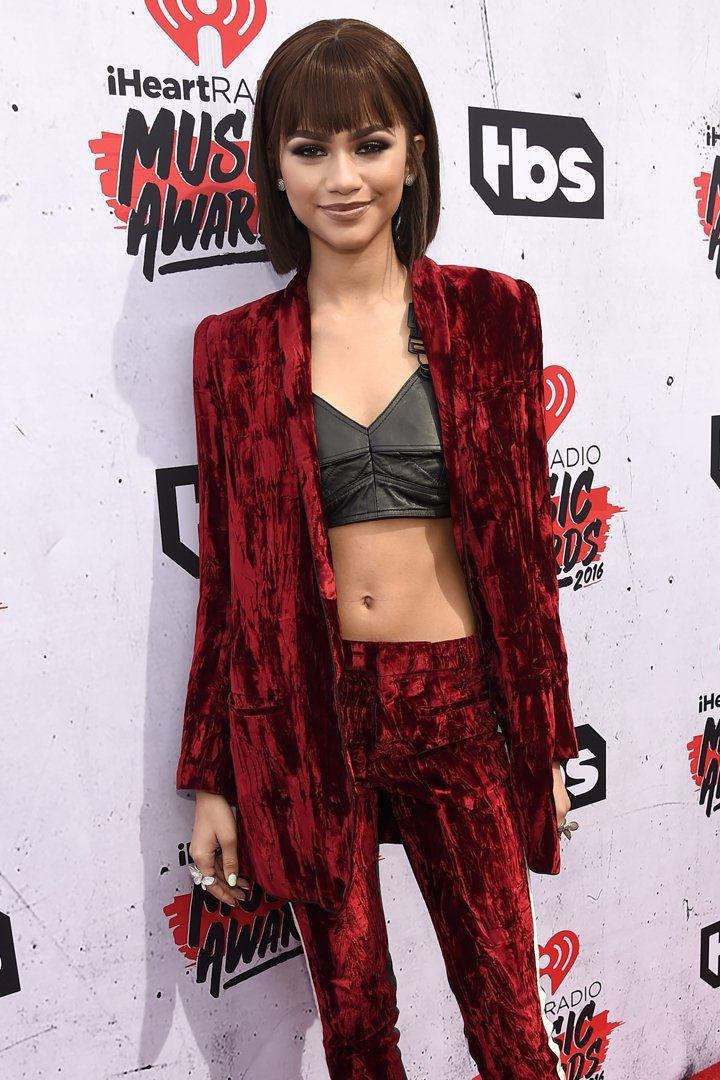 Zendaya Put Her Toned Tummy on Display at the iHeartRadio Music Awards