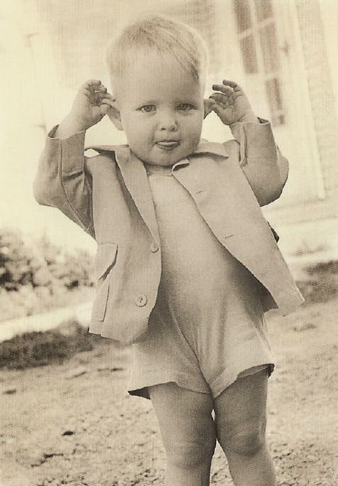 +~+~ Vintage Photograph ~+~+  Too cute for words...