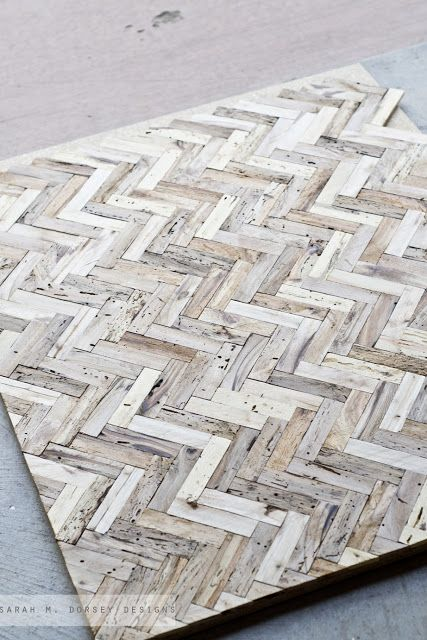 Oh my America. This DIY Herringbone driftwood table is out of control. Way too much work, but oh so beautiful.