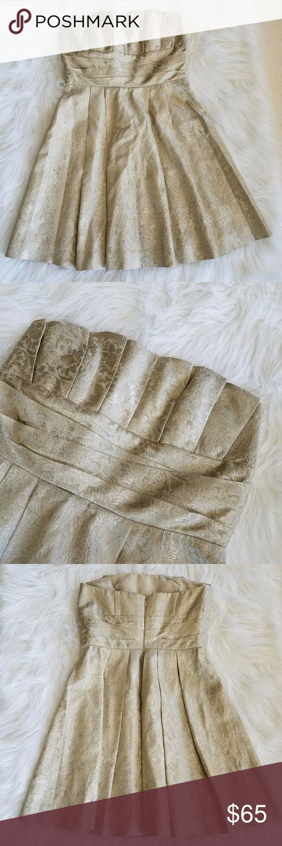 Priscilla of Boston Gold Strapless Dress Stunning gold patterned strapless dress perfect for the holidays or a wedding! Size 6 Excellent Used Condition Measurements in photos 20% off bundles of 2 or more SHIPS FAST! Priscilla of Boston Dresses Strapless