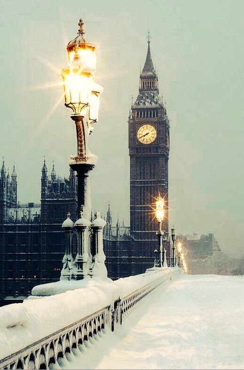 "This shot of London bridge covered by snow with Big Bang on the background is amazing. Reminds a little bit to ""The Chronicles of Narnia"" scenary. Aren't we right? We visited London to attend Salon Privé. Touring Superleggera"