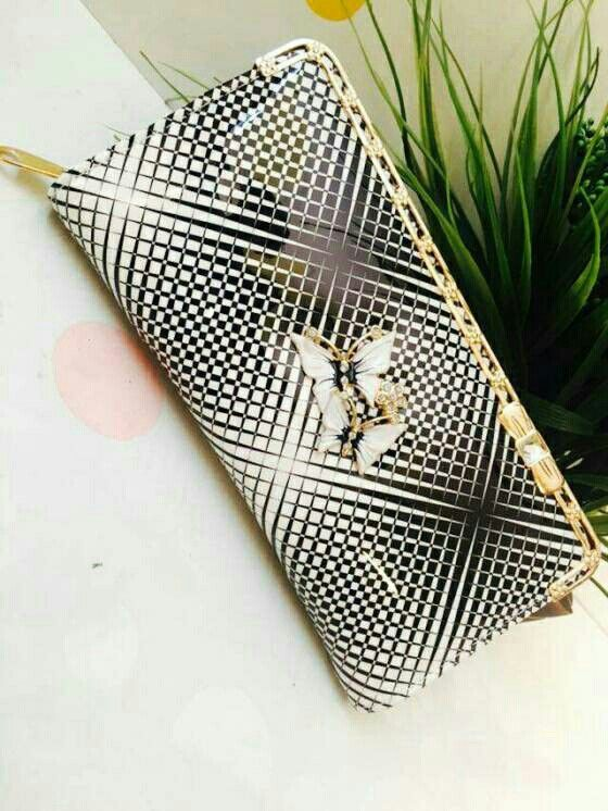 Check out Premium Stylish Clutch For Women on Shopo - http://shopo.in/products/2354318?referrerid=540972&utm_source=Share&utm_medium=Android&utm_campaign=PDP&utm_content=MyProfile
