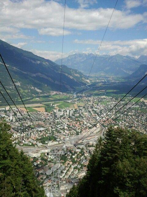 Uff dr' Seilbahn... Schweiz...:)