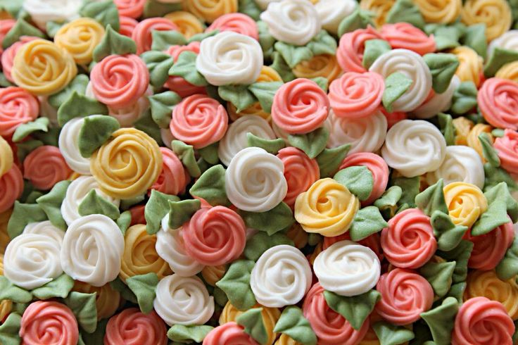 how to make royal icing flowers for wedding cakes iced flowers icing flowers flower 15982