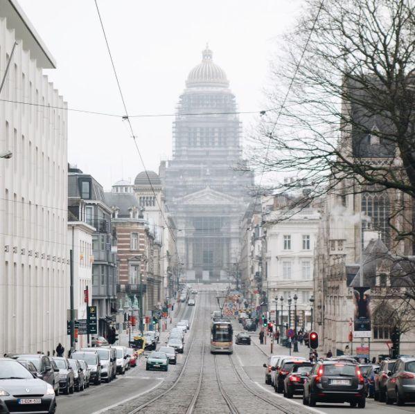 Foggy Palais de Justice | Citytrip | Brussel - Instagram Blogger #bozar #brussels #citytrip #visitbrussels