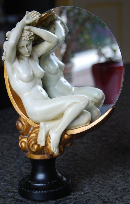 Online veilinghuis Catawiki: Polystone, spiegelglas - dressoir spiegel in jugendstil stijl