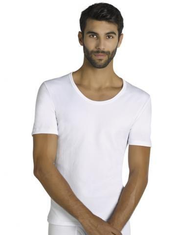 ¡ADIOS AL FRIO! Camiseta Térmica M/C Ysabel Mora por 8.05€. Confeccionada con fibra y elastano para un ajuste perfecto. Ref: 70103 Blanco. http://www.varelaintimo.com/99-camiseta-m-corta-termica