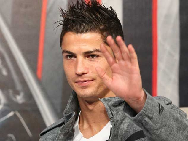 Real Madrid portugal cr7 messi barcelona 2013 hairstyle: Ronaldo Cr7